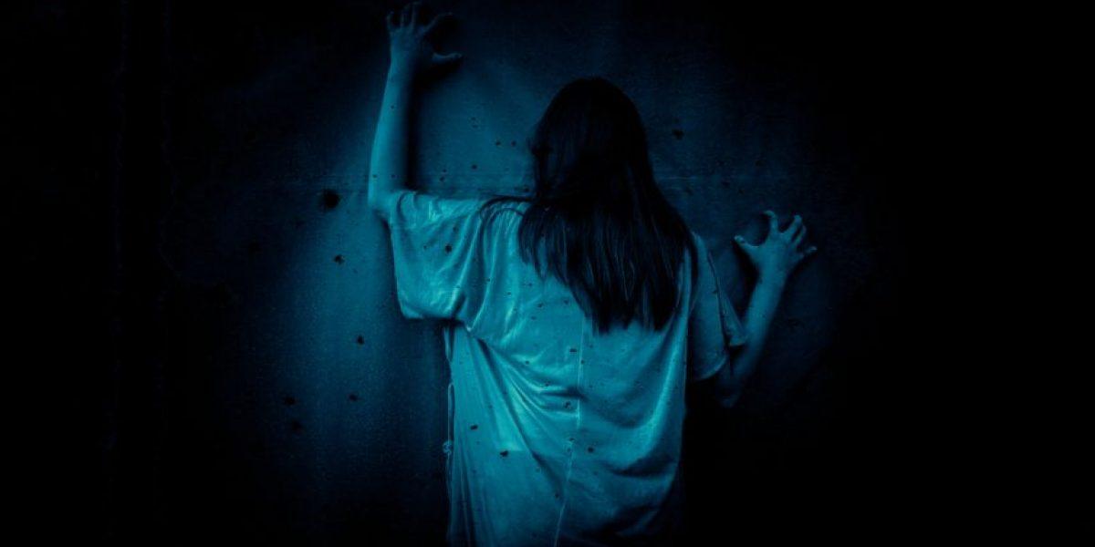 VIDEO. Mujer sufre supuesta posesión demoníaca y lo graba con su celular