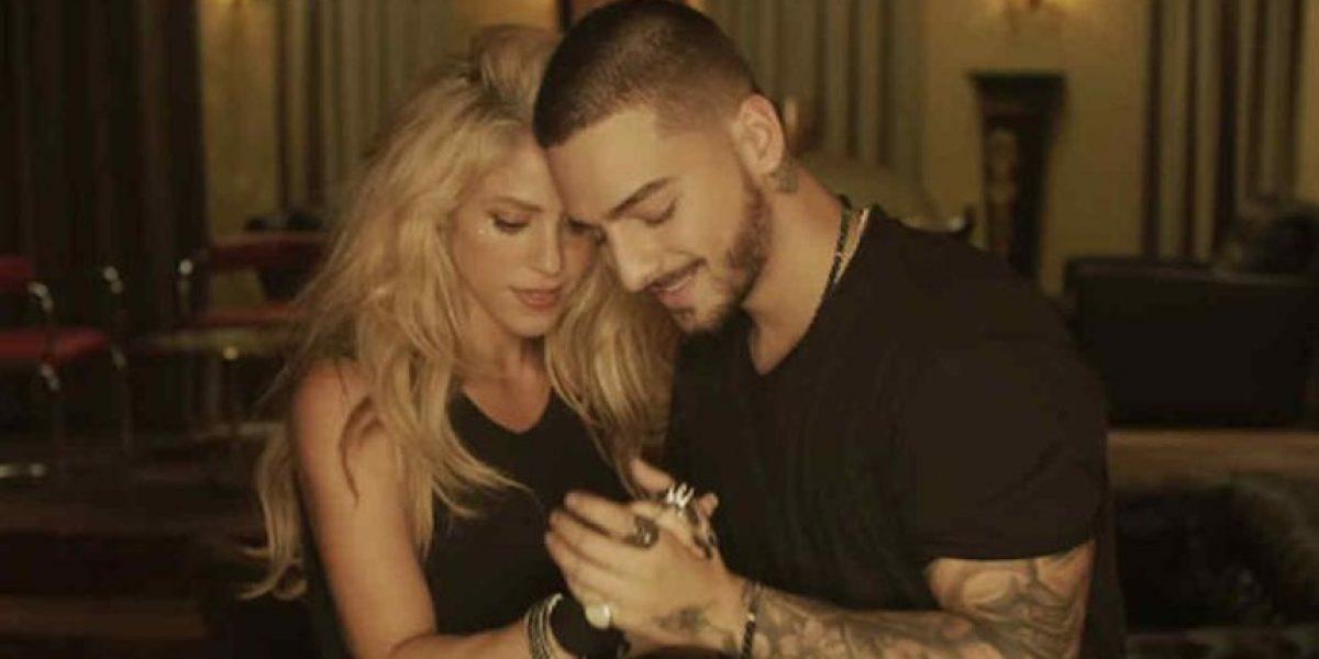 Shakira y Maluma estrenan video y el detalle en el cuerpo de la cantante que los usuarios no dejaron pasar