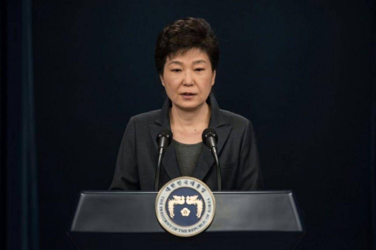 La presidenta surcoreana, Park Geun-Hye, en un mensaje a la nación desde la Casa Azul, en Seúl el 4 de noviembre de 2016 Foto:Ed Jones/afp.com