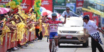 Destacado ciclista guatemalteco se casa y comparte sus románticas fotos