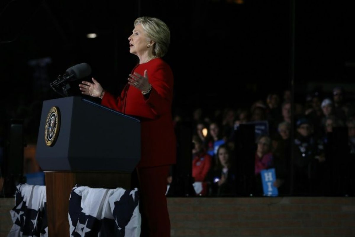 La candidata democrática para las pasadas elecciones presidenciales estadounidenses, Hillary Clinton, durante un mitin en el Independence Mall de Filadelfia, el 7 de noviembre de 2016 Foto:Justin Sullivan/afp.com