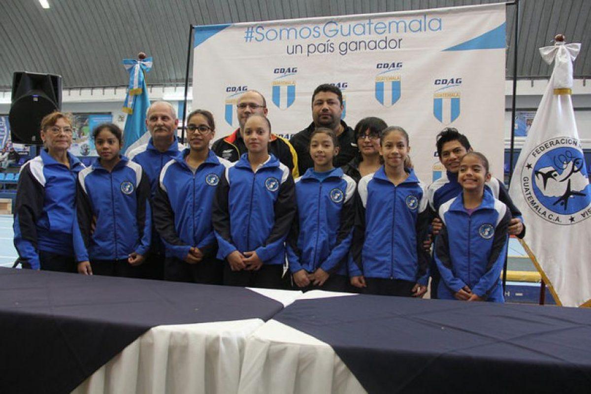 En el preámbulo del Campeonato Centroamericano, Gómez y sus compañeras del equipo nacional se quedaron quietas mientras ejecutaban sus rutinas en entrenamiento. Foto:COG