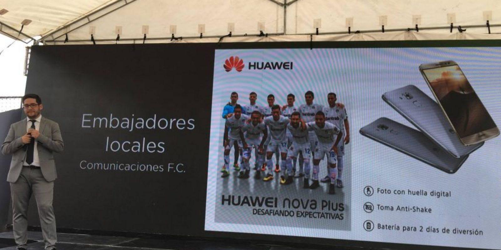 Directivos, jugadores y cuerpo técnico del subcampeón nacional participaron en la presentación de este miércoles. Foto:Fernando Ruiz