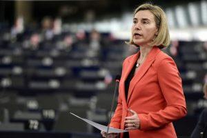 La titular de la diplomacia europea, Federica Mogherini, toma la palabra durante un debate sobre Siria y Turquía en el Parlamento Europeo, en Estrasburgo, el 22 de noviembre de 2016 Foto:Frederick Florin/afp.com