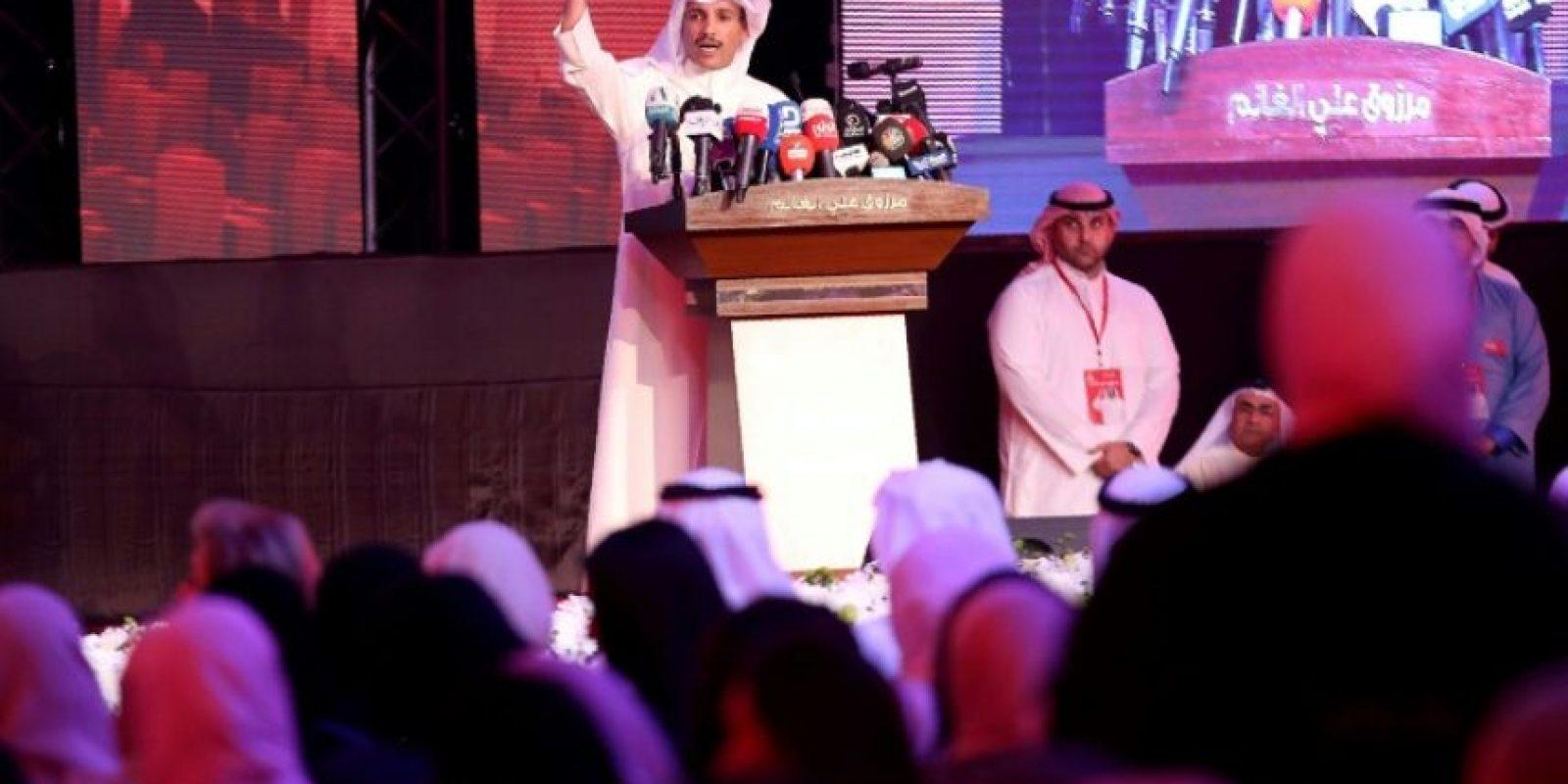 El candidato parlamentario kuwaití Marzuq al Ganem, expresidente del parlamento, durante un mitin de su campaña en Kuwait, el 22 de noviembre de 2016 Foto:Yasser Al-Zayyat/afp.com