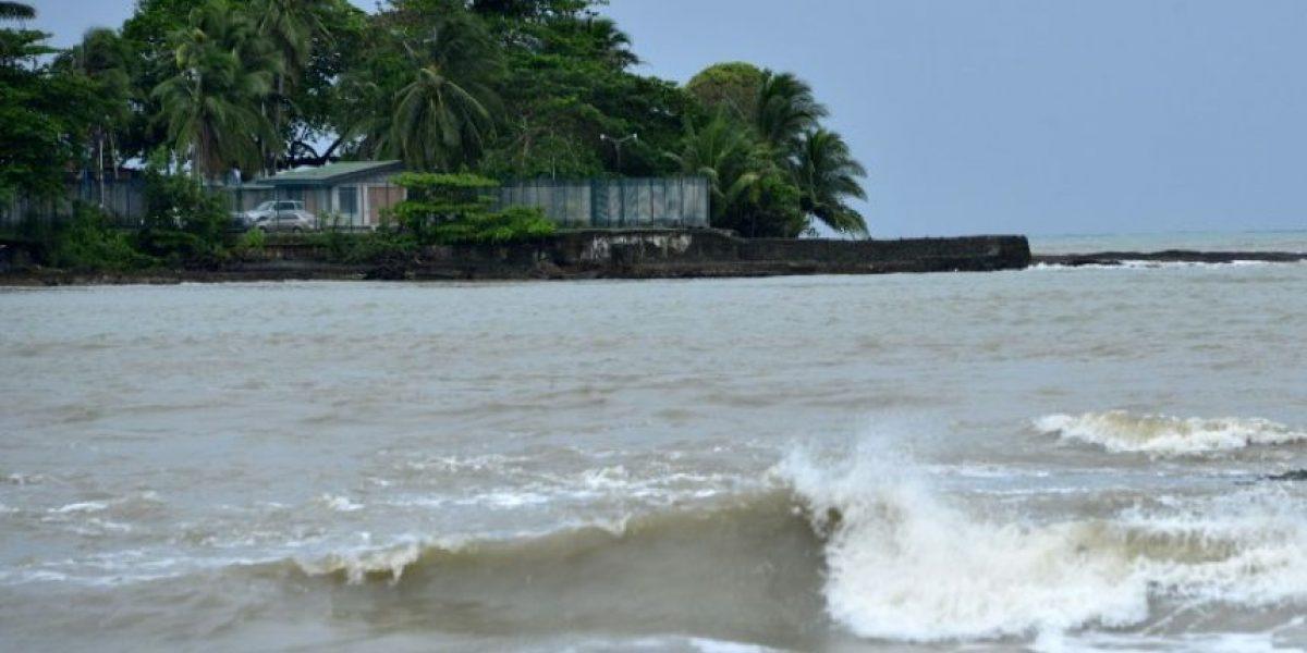Costa Rica declara emergencia nacional ante avance de Otto, que volvió a ser huracán