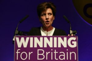 La breve líder del partido eurófobo británico UKIP, Diane James, en una conferencia de la formación en Bournemotuh, costa sur de Inglaterra, el 16 de septiembre de 2016 Foto:Daniel Leal-Olivas/afp.com