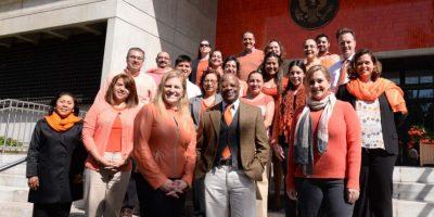 El embajador de Estados Unidos Todd Robinson y su equipo. Foto:Cortesía
