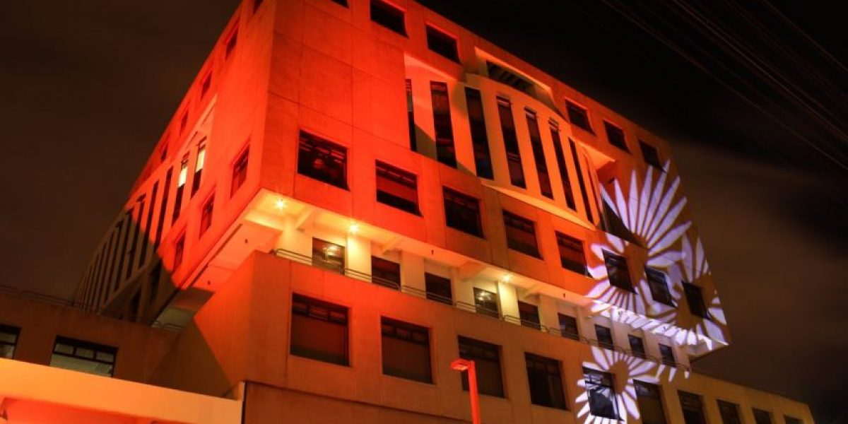 La campaña #orangetheworld a la que ya se unió la Fiscalía y el embajador Todd Robinson