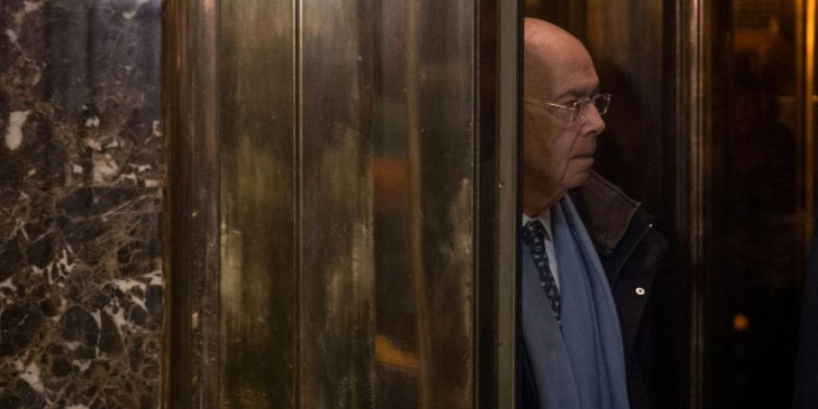 El inversor Wilbur Ross, designado secretario de Comercio de EEUU, llega a una reunión en la Torre Trump de Nueva York el 29 de noviembre de 2016 Foto:Bryan R. Smith/afp.com