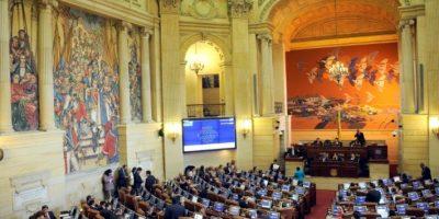 La Cámara de Representantes de Colombia durante el debate sobre el acuerdo de paz con las FARC el 30 de noviembre de 2016 en Bogotá Foto:Giullermo Legaria/afp.com