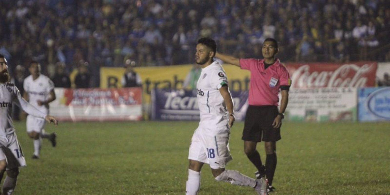 Los blancos se colocaron a 90 minutos de avanzar a las semifinales del Apertura 2016. Foto:Comunicaciones FC