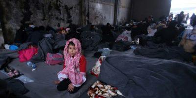 Un niño sirio que huyó con su familia de áreas rebeldes de Alepo, en un refugio en Jibrin, al este de la ciudad, el 30 de noviembre de 2016 Foto:Youssef Karwashan/afp.com