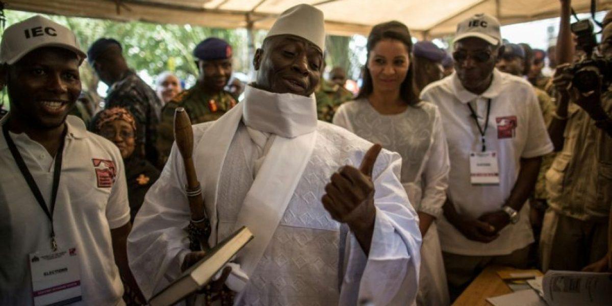 Gambia elige presidente en unas reñidas elecciones