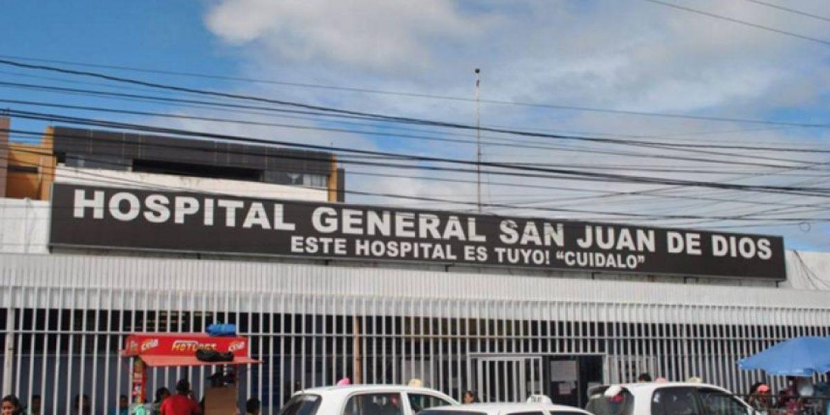 Investigan caso de paciente que murió tras quedar atrapada 4 horas en elevador de Hospital San Juan de Dios