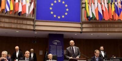 El presidente de la Eurocámara, Martin Schulz, se dirige a los eurodiputados durante un pleno en su sede en Bruselas, el 1 de diciembre de 2016 Foto:Emmanuel Dunand/afp.com