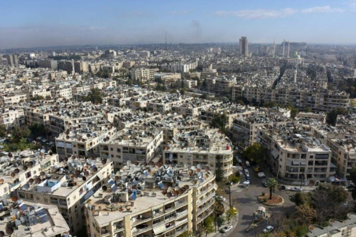 Vista general del barrio de Meridian, en Alepo, controlado por las fuerzas gubernamentales sirias, tomada el 3 de diciembre de 2016 Foto:George Ourfalian/afp.com