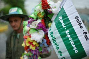 La ciudad brasileña de Chapecó espera el 3 de diciembre de 2016 la llegada del cortejo fúnebre de los miembros del equipo Chapecoense Real fallecidos en un accidente aéreo Foto:Douglas Manso/afp.com