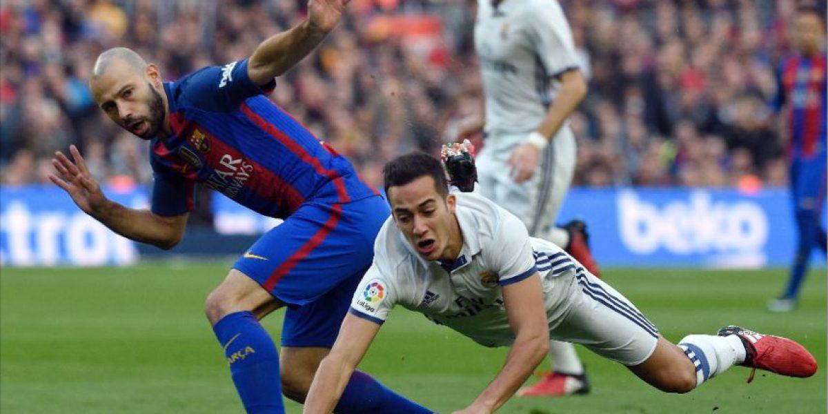 El Barcelona y el Real Madrid rinden homenaje al Chapecoense en el Clásico