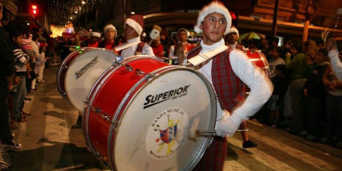 Hoy se realizó el Desfile Navideño de Bandas en el Paseo de la Sexta
