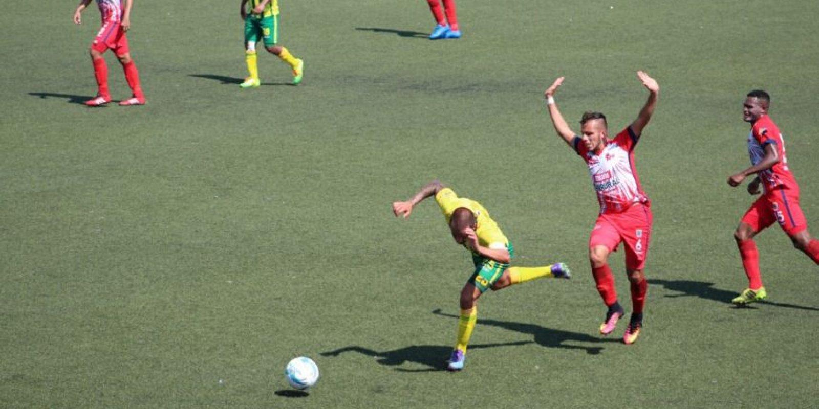 Malacateco hizo valer su ventaja y eliminó a los de Pecho Amarillo en el acceso a semifinales. Foto:EU Deportes