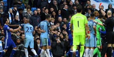 El partido Chelsea- Manchester City acabó en una trifulca entre los jugadores de ambos equipos. Foto:AFP