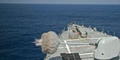 El buque de guerra estadounidense 'USS Decatur (DDG 73)' navega el 22 de agosto de 2016 en el mar de China Meridional Foto:Mc3 Gerald Dudley Reynolds/afp.com