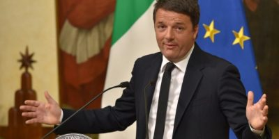 """El primer ministro italiano, Matteo Renzi, anuncia su renuncia tras la victoria del """"no"""" en el referéndum constitucional el 5 de diciembre de 2016 en Roma Foto:Andreas Solaro/afp.com"""