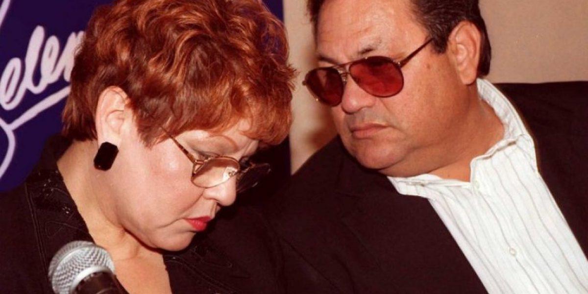 Padre de Selena demanda al viudo de su hija por serie de televisión
