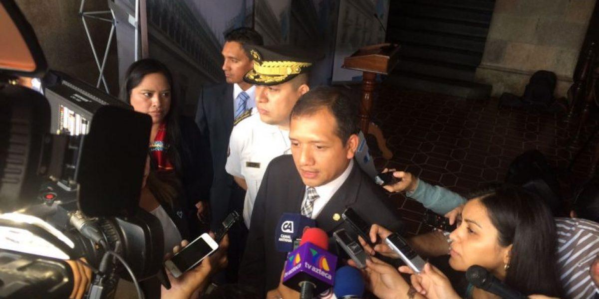 Guatemala firma acuerdo con Estados Unidos para controlar la migración