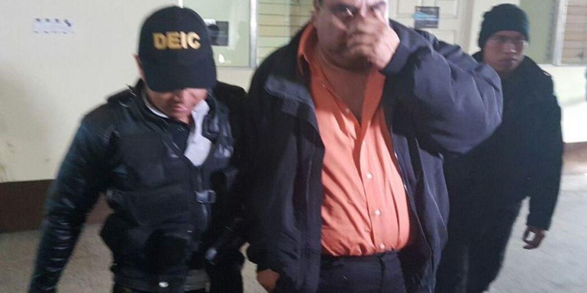 Capturan a dos exdirectores de municipalidad de San Pedro Ayampuc por corrupción