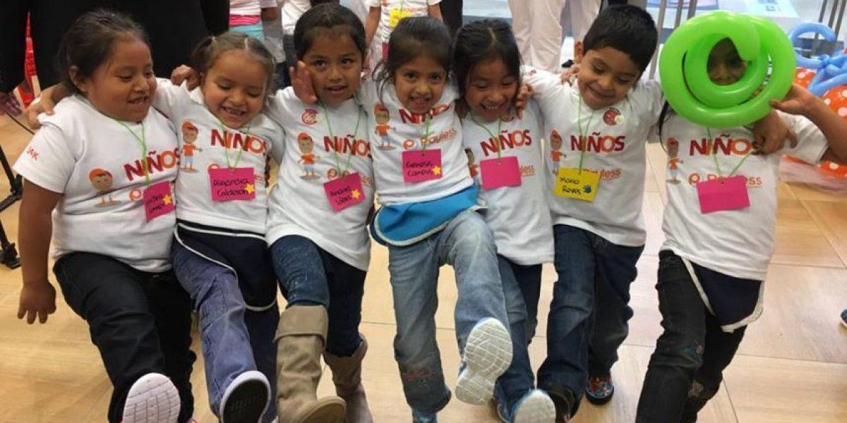 Más de 400 niños guatemaltecos recibirán zapatos nuevos esta Navidad