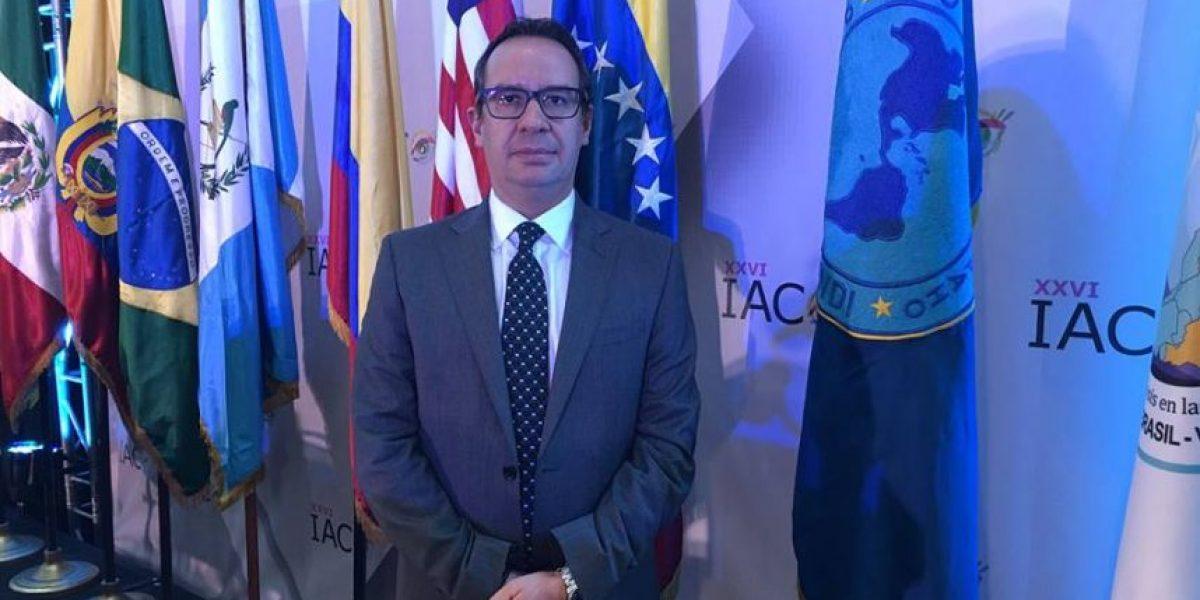 Dr. Miguel Betancourt: