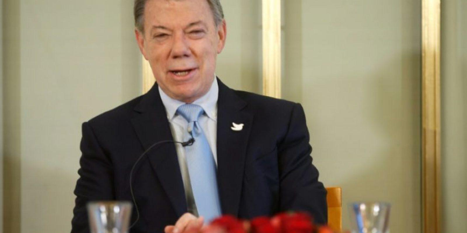 El laureado con el premio Nobel de la Paz y presidente de Colombia, Juan Manuel Santos, habla durante una rueda de prensa en el Instituto Nobel Noruego, en Oslo, el 9 de diciembre de 2016 Foto:Terje Pedersen/afp.com