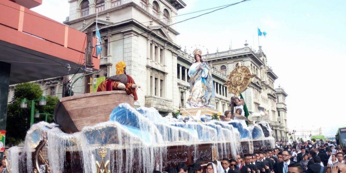 Católicos celebran a la Inmaculada Concepción con procesiones