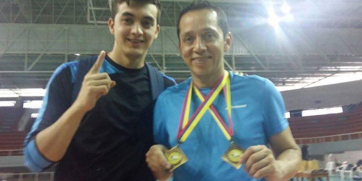 Guatemalteco Raúl Anguiano gana doble medalla de oro en Colombia
