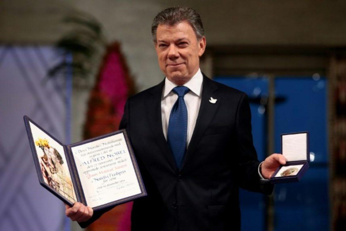 El premio Nobel de la Paz 2016, el presidente colombiano, Juan Manuel Santos, tras recibir el galardón en Oslo este 10 de diciembre de 2016 Foto:Haakon Mosvold Larsen/afp.com