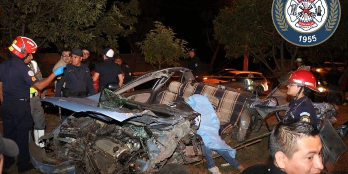 Accidente mortal en calzada Atanasio Tzul, exceso de velocidad sería la causa