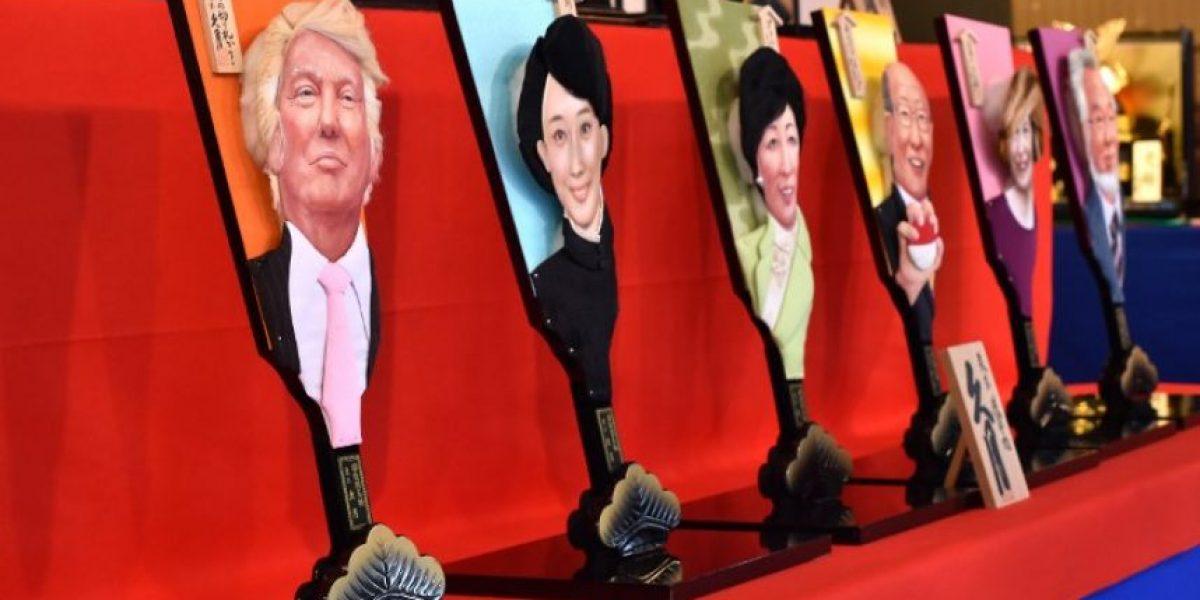 Empresa japonesa lanza raqueta con la cara de Donald Trump para aplastar los malos espíritus