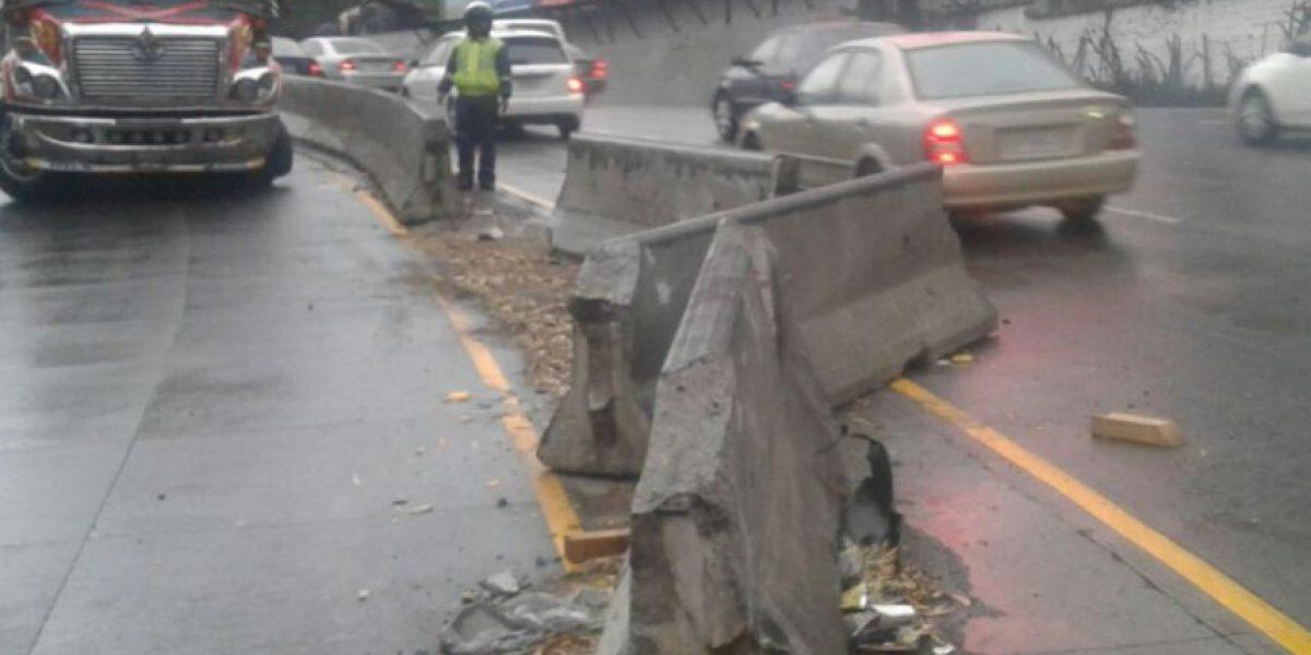 Martes de lluvia y de accidentes de tránsito en la ciudad