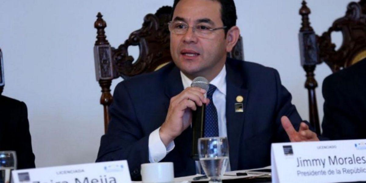 Encaran a presidente Jimmy Morales por exoneraciones