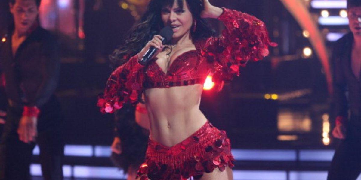 A sus 57 años, Maribel Guardia impacta en un sexy y diminuto bikini