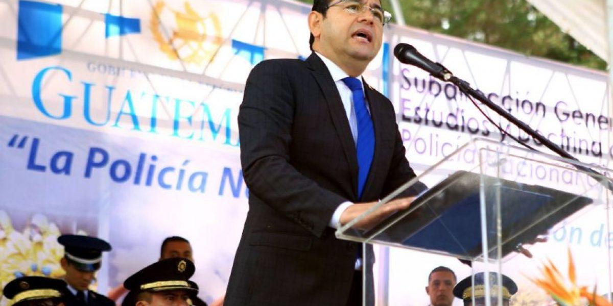 Presidente Morales agradece a la PNC por rescate de un niño en zona 4
