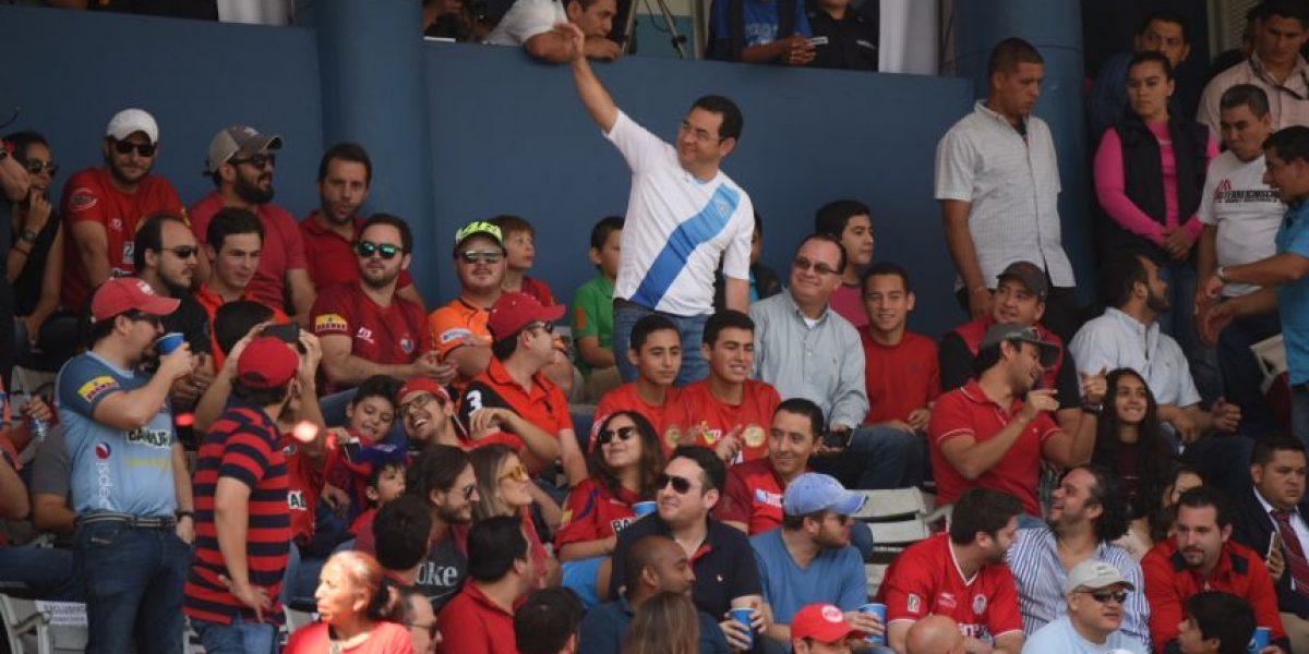 ¿A quién apoya Jimmy Morales en la final del #Apertura2016?