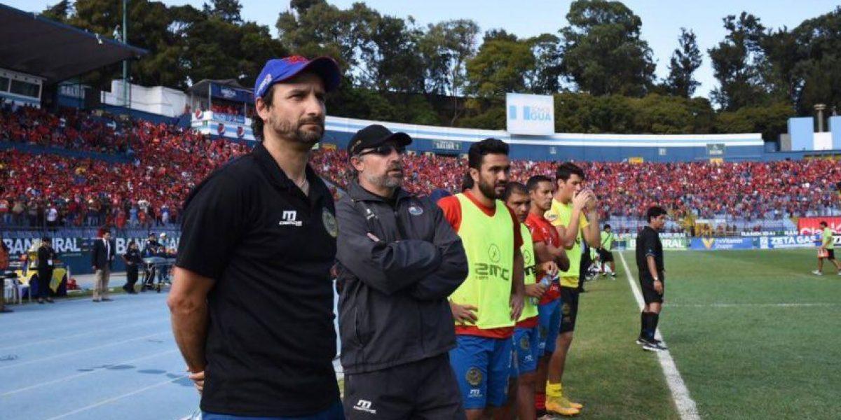 Es oficial: Gustavo Machaín seguirá como entrenador de Municipal