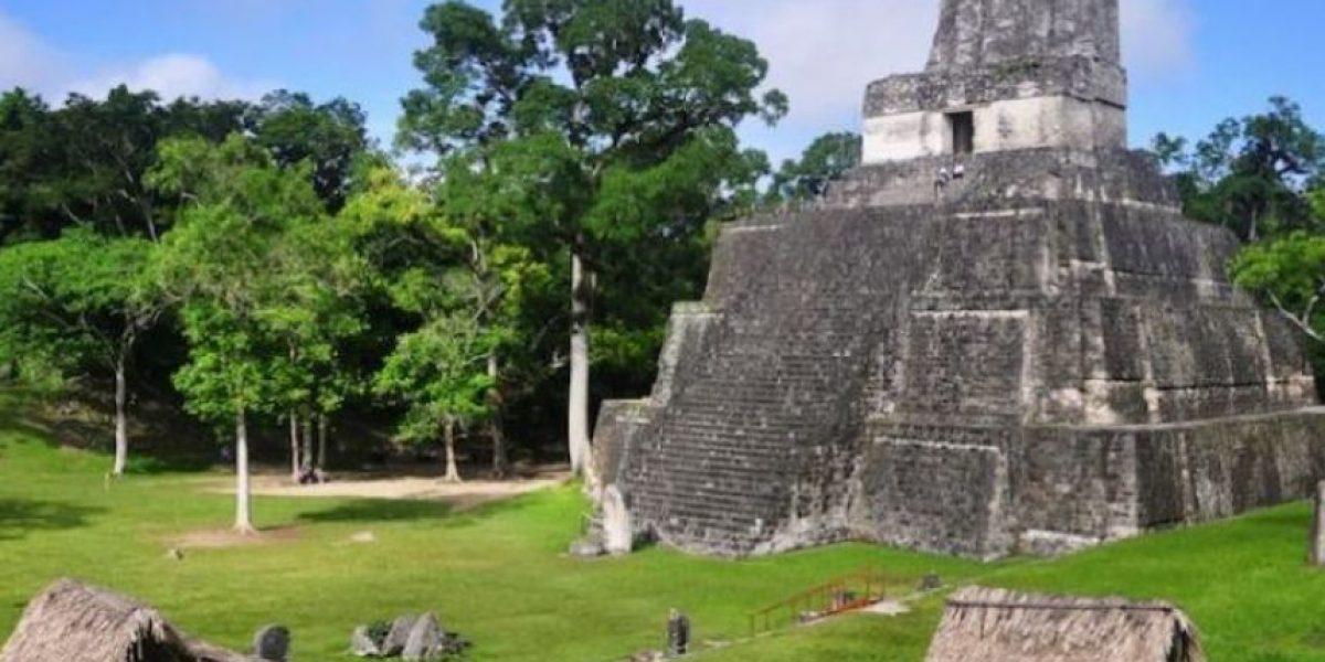 Empresa denuncia difamación por supuesto show de luces pirotécnicas en Tikal