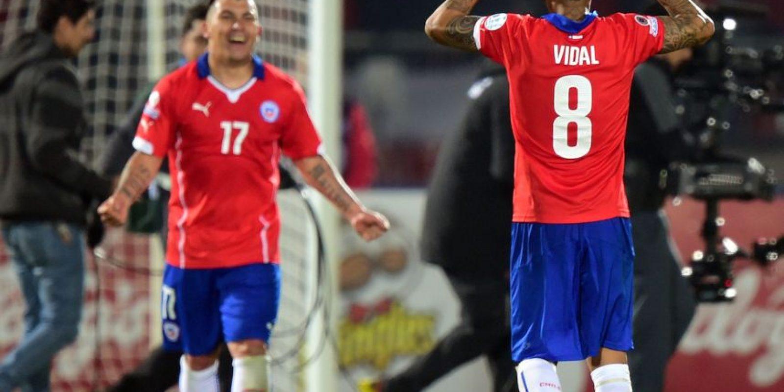 Chile. La escuadra local terminó en primer lugar del grupo A. Ganó dos partidos y empató otro. Foto:AFP