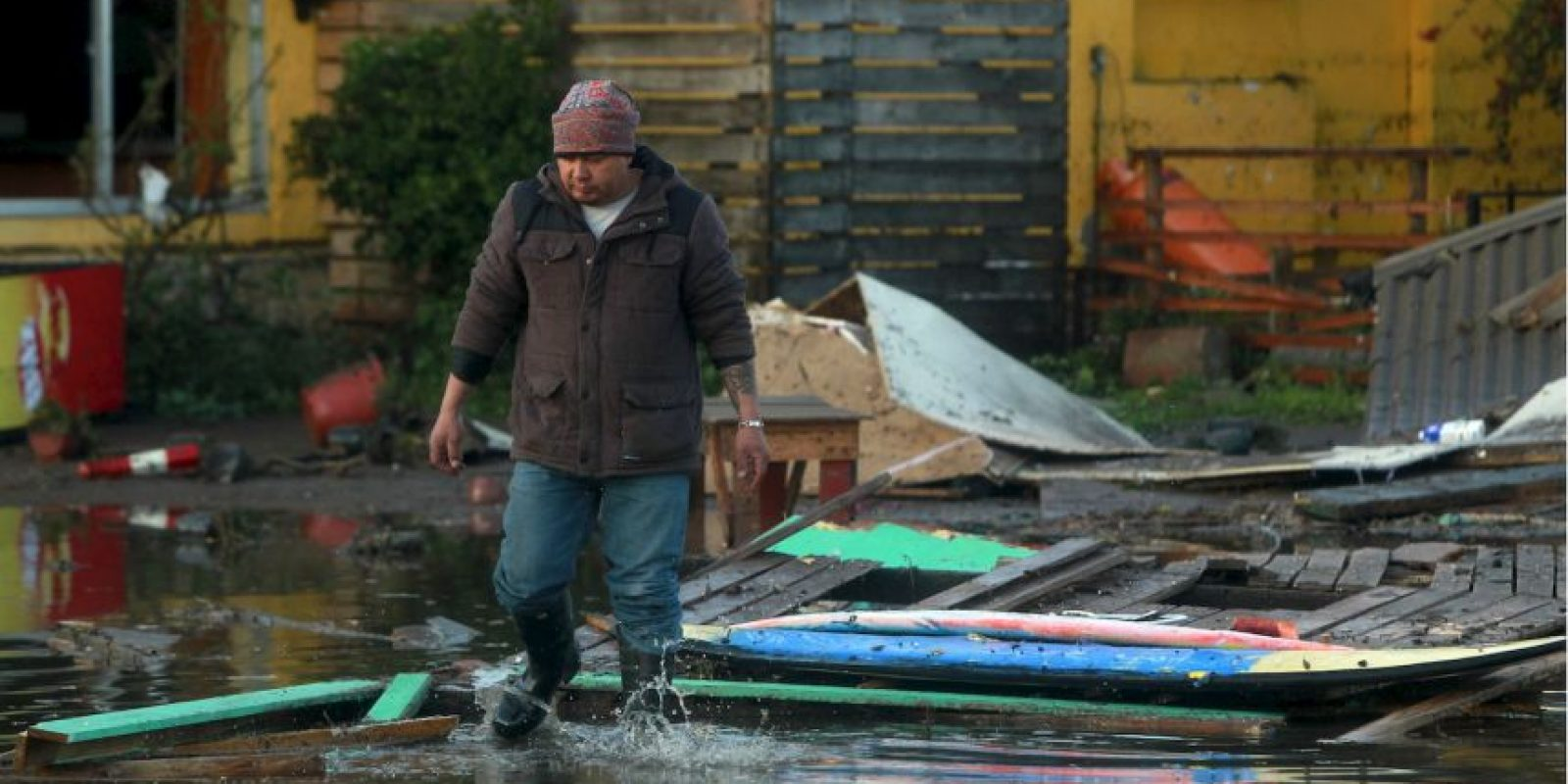 Un millón de personas fueron desalojadas de sus hogares tras el sismo. Foto:AFP