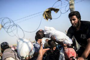 """""""Europa no puede continuar respondiendo a esta crisis con un enfoque fragmentado o gradual. Ningún país puede hacerlo en solitario, pero al mismo tiempo, ningún país puede negarse a cumplir su parte"""", sostuvo el alto comisionado de la Agencia de la ONU para los Refugiados. Foto:AFP"""