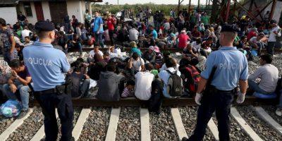 Desde el miércoles cientos de migrantes han llegado a las frontera entre Serbia y Croacia. Foto:AFP